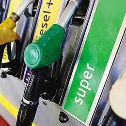 Carta sconto gasolio,   primo via libera in Regione