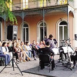 Alba di note magiche  in Villa del Grumello