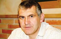 Giuseppe Frigerio, 45 anni, lavora al Lariosoccorso ma ha una grande passione per la meteorologia
