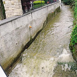 Roggia a rischio esondazioni  «Marianesi, tenete pulito»