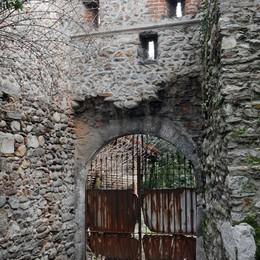 «La storica Porta Ferraia  a rischio demolizione»