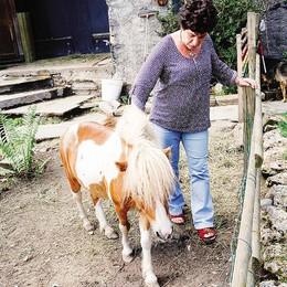 «Vogliono cacciare  il mio pony Ishi»