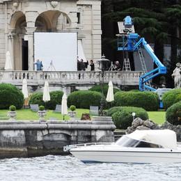 Clooney gira lo spot sul lago  Maltempo: oggi niente riprese