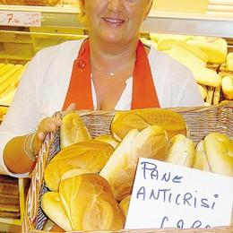 Tavernerio, il pane anticrisi «Costa poco e va a ruba»