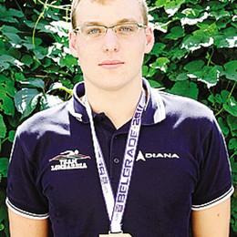 Nuoto: Mottola medaglia d'oro  Titolo italiano nella staffetta