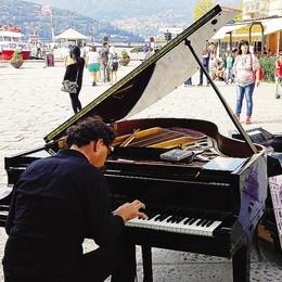 Il pianista: «Torno a Como  ma non fatemi il palco»