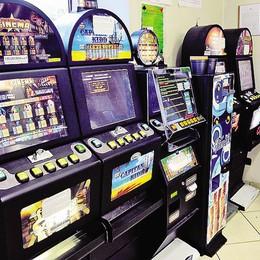 Se togli le slot dal bar paghi metà Tasi  Albavilla, il Comune contro il gioco