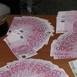 La fuga di capitali non conosce crisi  Intercettati 70mila euro ogni giorno