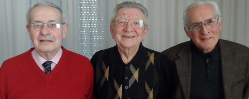 Incontrano il loro maestro  Dopo 67 anni