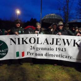 Caduti di Nikolajewka  A Faloppio 300 Penne Nere