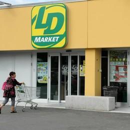 Boom di truffe, allarme sicurezza fuori dai negozi