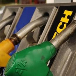 Franco/euro, tsunami del cambio  Benzina, per ora lo sconto non scende