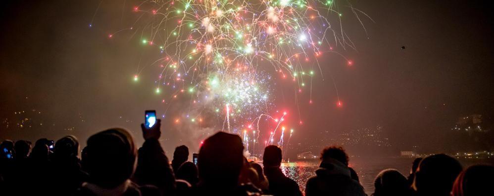 Como, 30mila ai giardini a lago per il benvenuto al 2015 (VIDEO)