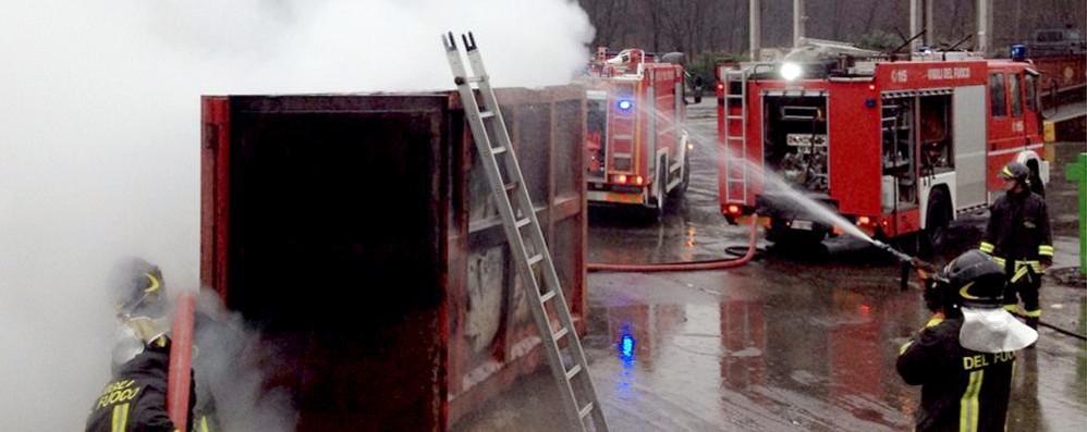 Cantù, incendio in discarica Nessun rischio inquinamento