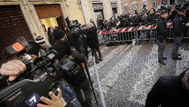 Colle:Berlusconi non incontrerà Renzi