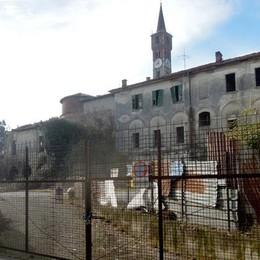 Cantù: «Castello Pietrasanta  verrà messo all'asta»