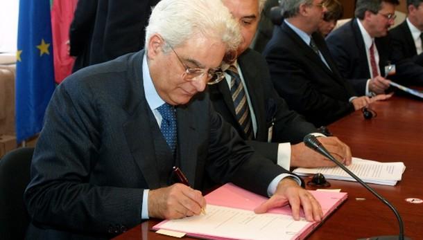 Civati, da quarta votazione Mattarella