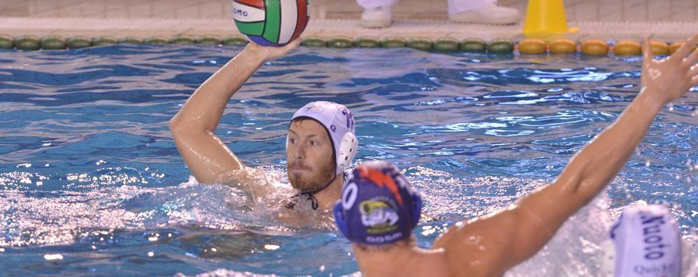 Como Nuoto: «Serve la svolta»