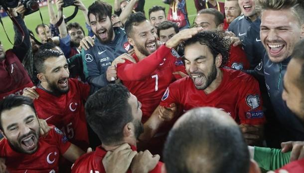 Euro 2016: qualificate Turchia e Croazia