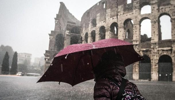 Pioggia quasi ovunque,Roma allerta rossa