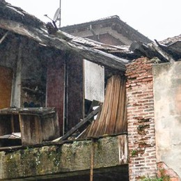 Val Mulini, crolla il tetto  Una famiglia senza casa