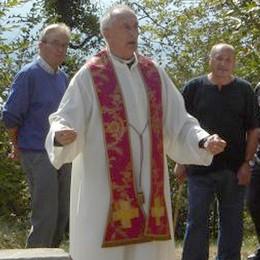Addio a monsignor Spreafico  Parroco a Proserpio per 50 anni
