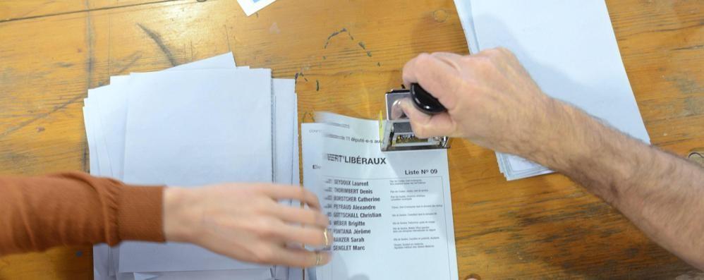 Elezioni in Ticino, vince la Lega I frontalieri temono norme più dure