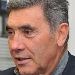 Il ritorno del Cannibale Merckx domani al Ghisallo