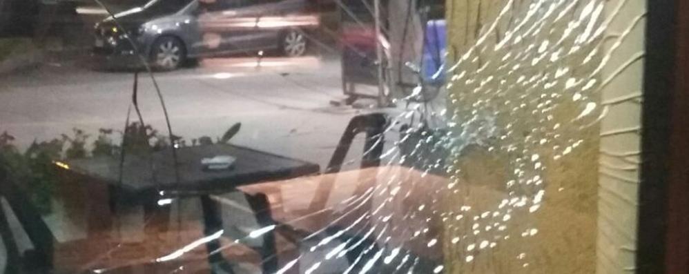 Mozzate, il racconto del barista  «Ha sparato, voleva uccidermi»