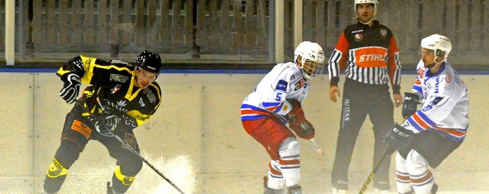 Derby a Varese per l'Hockey Como