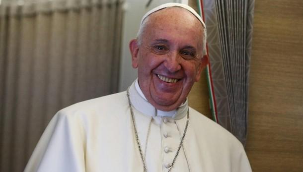 Lancio mondiale per nuovo libro Papa