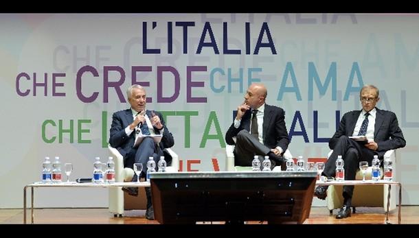 Renzi, dalla stessa parte dei Comuni