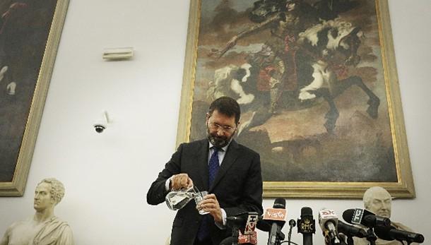 Renzi, nessuna congiura contro Marino