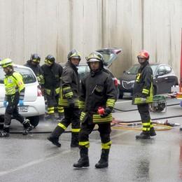 Morta nel tunnel a Lurago  «Una trappola quando piove»