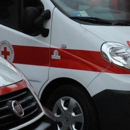 Incidente a Longone  Cade dalla moto