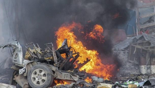 Attacco a hotel Mogadiscio, 9 vittime