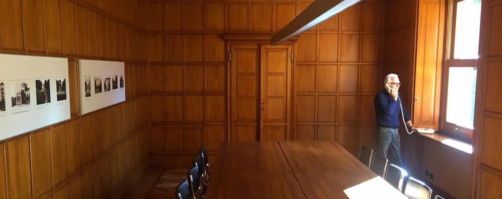 Erba, il municipio com'era  Restaurata la saletta di legno