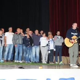 Como teatro sociale spettacolo Attaccante Nato dedicato a Stefano Borgonovo