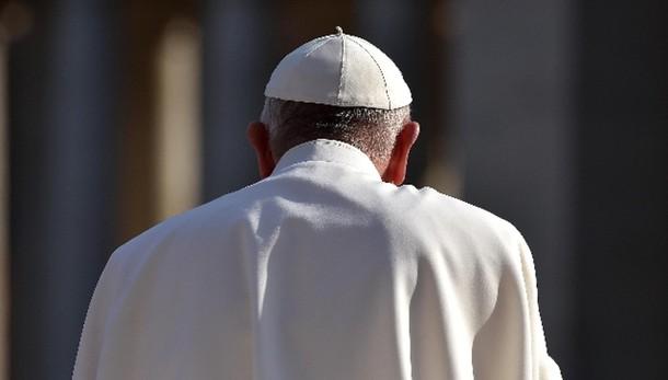 Papa sgomento, attacco a tutta l'umanità
