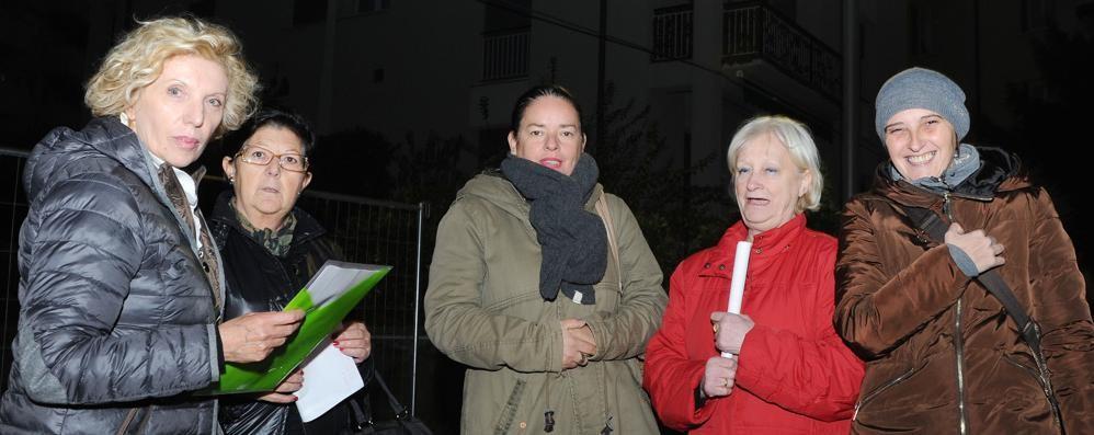 La ronda delle mamme  «Ci difendiamo dai ladri»