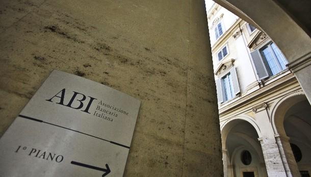 Banche: Abi,prestiti ottobre -0,3%