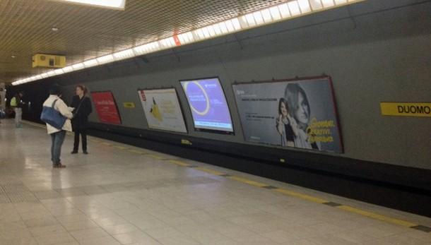 Pacco sospetto, evacuata metro 'Duomo'