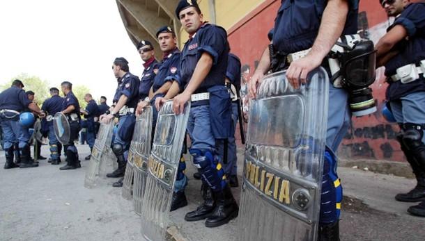 Parigi, a Milano 250 agenti in più