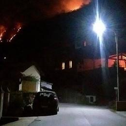 Incendio a San Siro   In azione i vigili del fuoco
