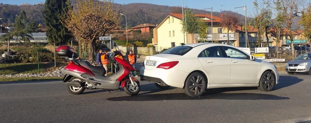 Scooter contro Mercedes  Incidente ad Albavilla