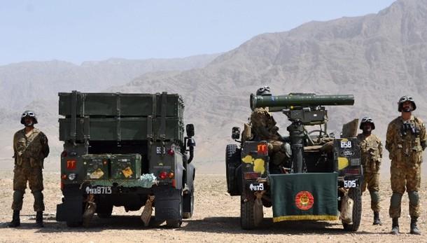 Pakistan: 3.400 militanti uccisi 18 mesi