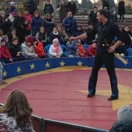 Ecco il Natale a misura di bambino  Con il circo   e i trucchi a Olgiate