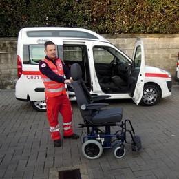 «I canturini ci vogliono bene»  Due mezzi per disabili alla Cri
