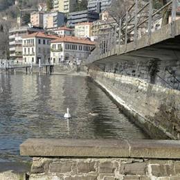 """Il lago di Como  """"perde"""" 22.6 centimetri"""
