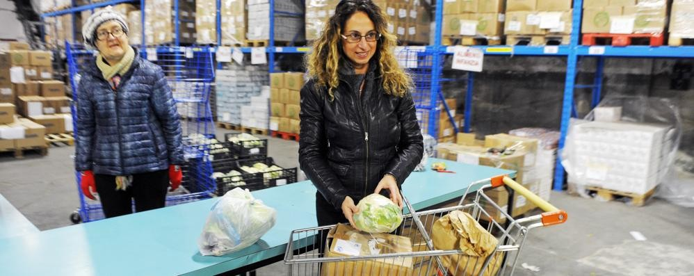 Como, banco di solidarietà  È già in viaggio il cibo donato
